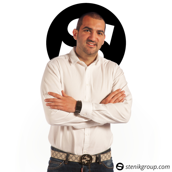 Стефан Чорбанов от Stenik - eCommerce специалист, консултант и Magento разработчик